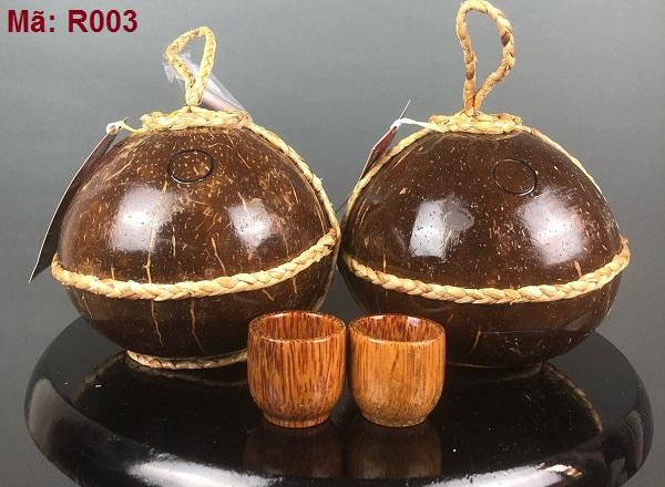 Mua rượu dừa làm quà tặng tết tại Cần Thơ